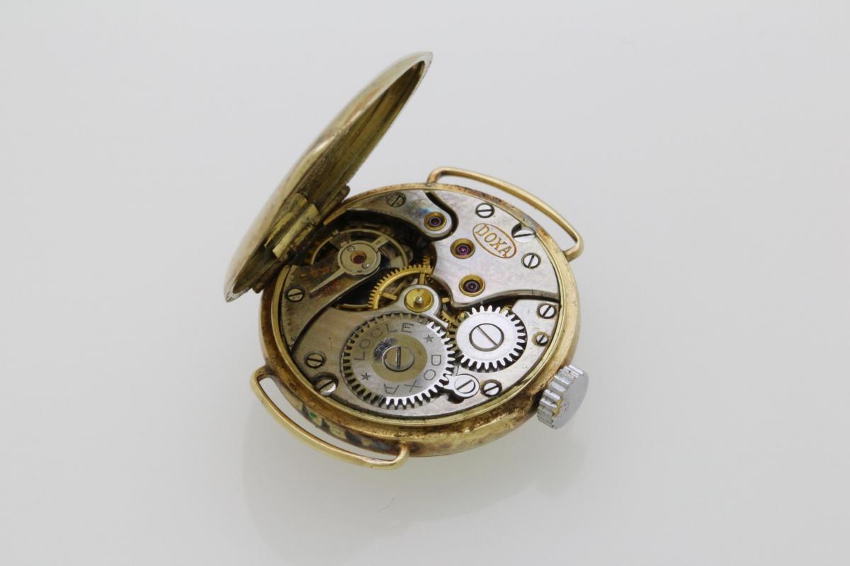 f0e533c39 Zlaté starožitné hodinky DOXA 14kt   Katalog   ExtraŠperky.cz