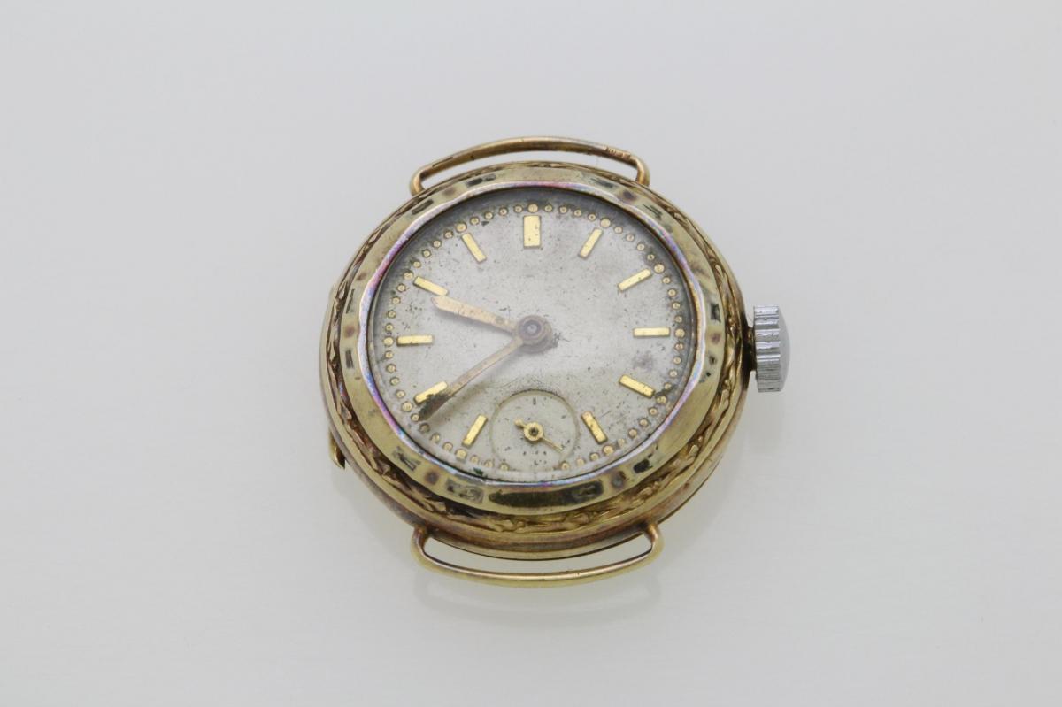 ef7f4303ae7 Zlaté starožitné hodinky DOXA 14kt